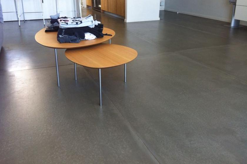 רצפה מלוחות בטון